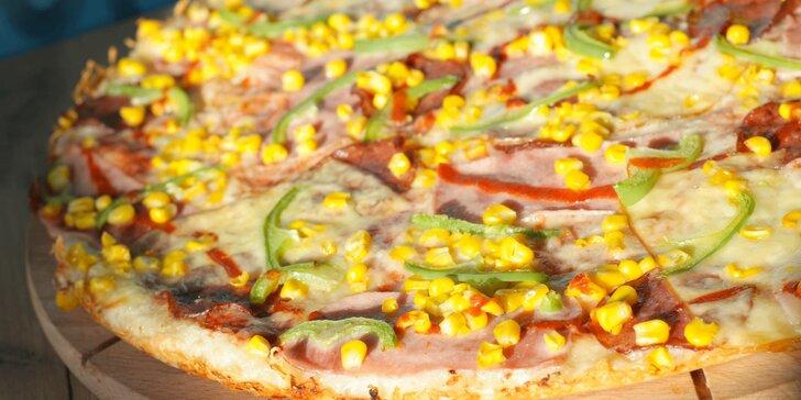 Chacharova pizza se smetanovým nebo rajčatovým základem: výběr z 8 druhů pro 1 i 2 osoby