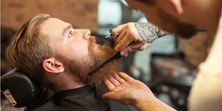 Dokonalá péče v barber shopu: klasický pánský střih včetně holení hot towel