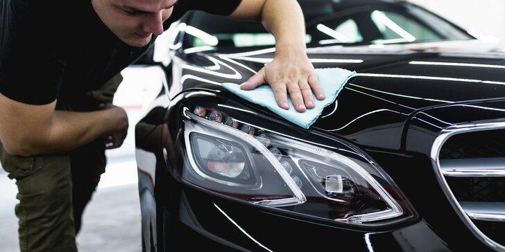 Ruční mytí auta na vámi určeném místě: bez vody a s použitím nanokosmetiky