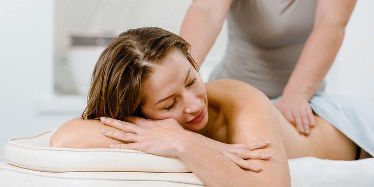Síla doteku dokáže zázraky: terapeutická masáž podle výběru v centru Avasa