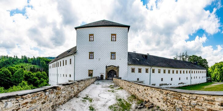 Romantika na zámku Kolštejn v Jeseníkách: snídaně i komentovaná prohlídka