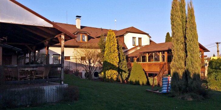 Dovolená u Ostravy: ubytování a relax ve vířivce v malebném penzionu se zahradou