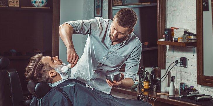 Stylový barber shop na Václaváku pro chlapce i muže s vlastním barem