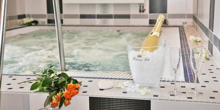 Privátní odpočinek ve wellness: finská sauna, vířivka i sekt