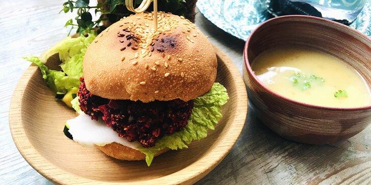 Živá kavárna: malé nebo velké obědové menu ve veganském bistru