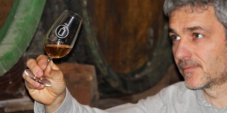 Hodinová exkurze do palírny whisky s uvítacím drinkem a degustací vzorků