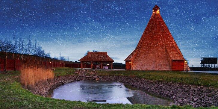 Silvestr v dřevěném vigvamu: polopenze, večírek i privátní wellness