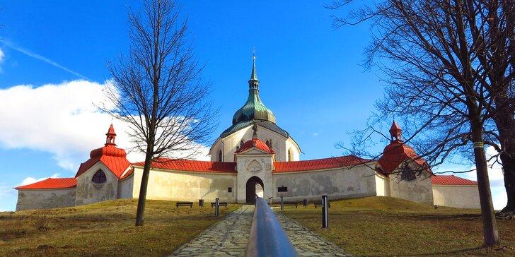Poznávání Žďárských vrchů s polopenzí pro dva nebo pro rodinu