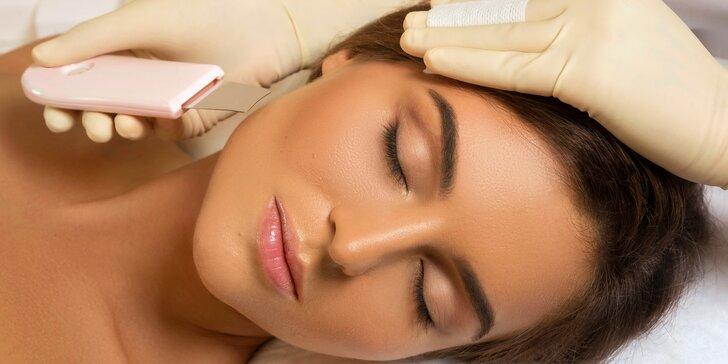 Čištění pleti ultrazvukovou špachtlí včetně masáže obličeje a krku