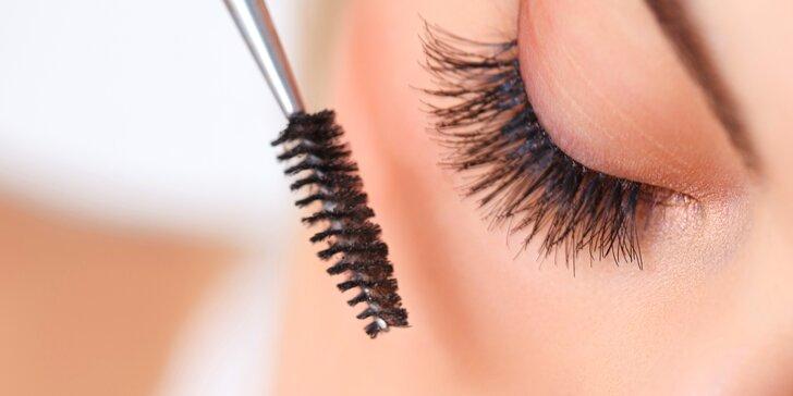 Orámujte své oči: Tvarování a barvení obočí a řas či Lash Lifting a Lash Botox