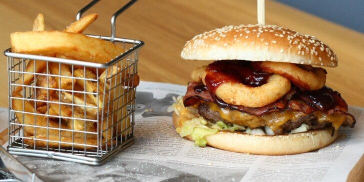 Burger s vyzrálým hovězím, hranolky a dip dle výběru pro 1 nebo pro 2