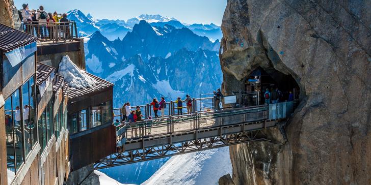 Výlet do horského střediska Chamonix, k hoře Mont Blanc a do Ženevy