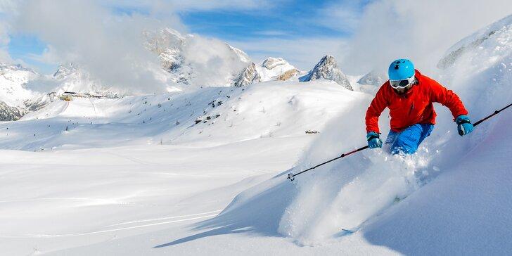 Lyžování v Dolomitech: 2–4 noci s polopenzí, doprava a skipas