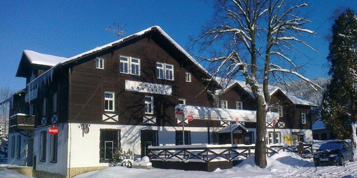 Pobyt v Harrachově s polopenzí, bazénem a all inclusive nápoji k večeři