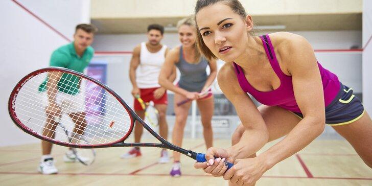 Protáhněte tělo: hodina squashe nebo S-badmintonu pro neomezeně hráčů nebo lekce s trenérem