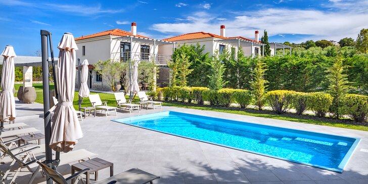 Dokonalost na řeckém Chalkidiki: pronájem moderní dvoupatrové vily až pro 6 osob v blízkosti moře
