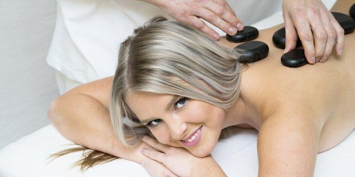 Masáž lávovými kameny: 45 minut i permanentka na 3 masáže