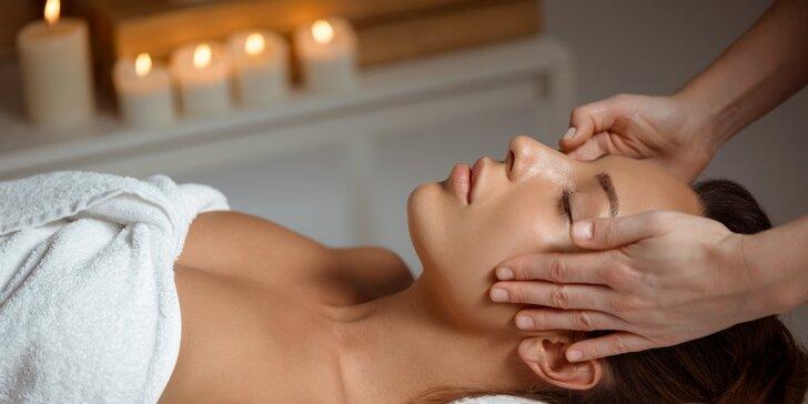 Ajurvédská celotělová olejová masáž v délce 60–120 minut