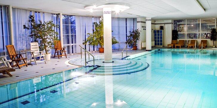 Pobyt ve 4* hotelu v Beskydech: polopenze a neomezeně bazén i sauna