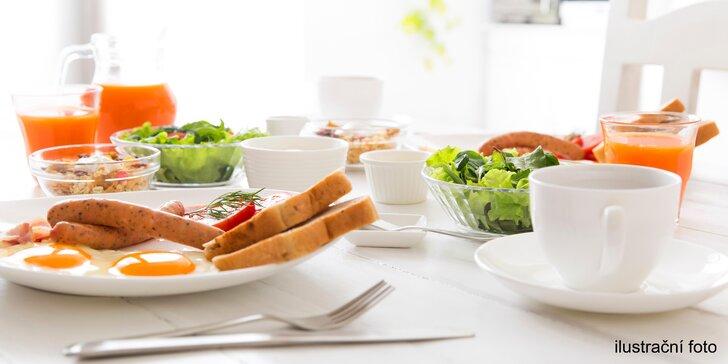 Dokonalé ráno: Snídaně formou bufetu kousek od Náměstí Míru
