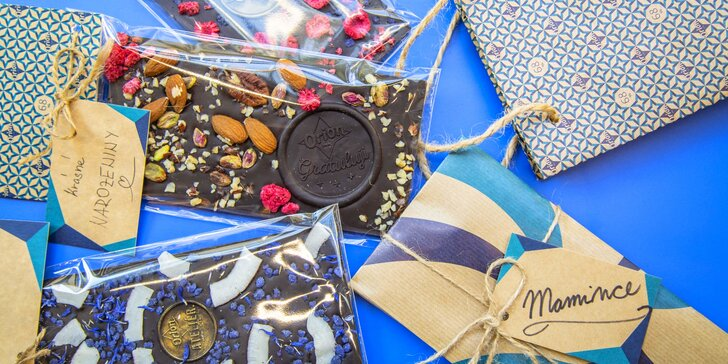 Čas na mlsání: Vlastnoručně nazdobená čokoláda s věnováním z 68% čokolády