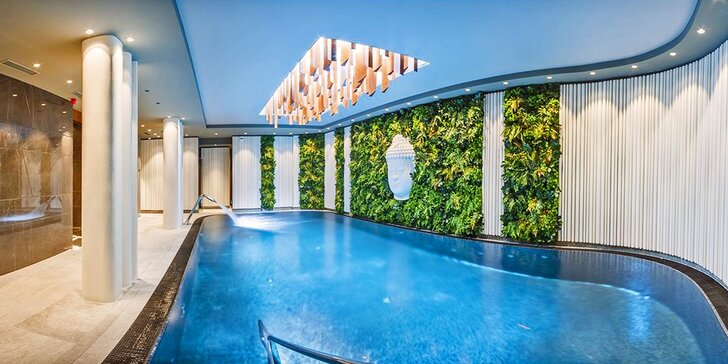 Snový pobyt v Karlových Varech: 4* hotel s nádherným wellness, procedurami a polopenzí