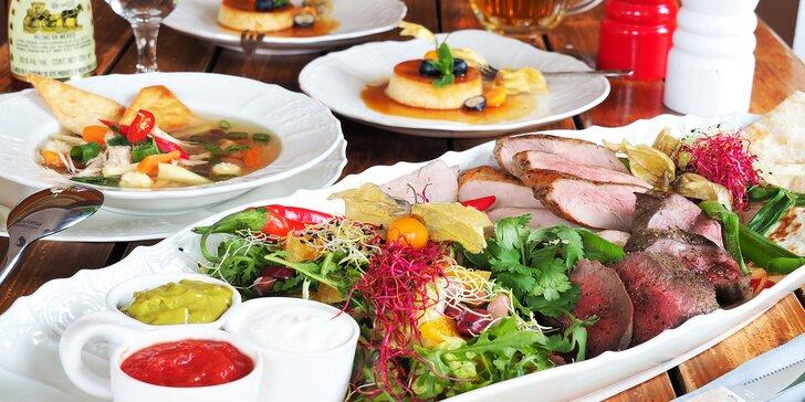 3chodové mexické menu pro dva: hovězí, krůtí i vepřové, rukolový salát s fazolemi a 3 druhy sals