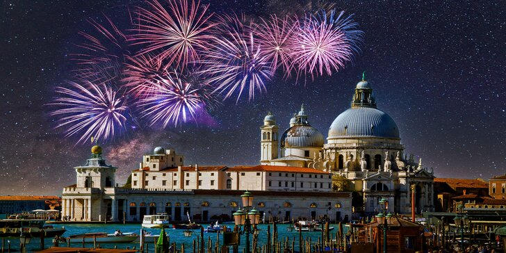 Silvestrovský zájezd do Benátek i s půlnoční plavbou a ohňostrojem