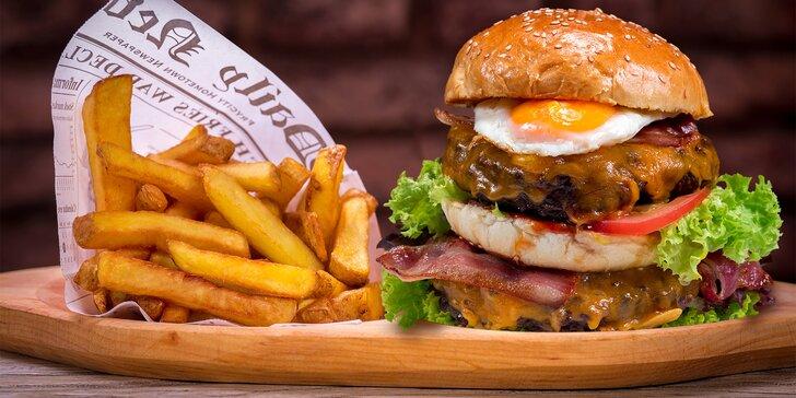 Burger s dvojitou porcí masa, belgické hranolky, omáčka a pivo pro 1 i 2 os.