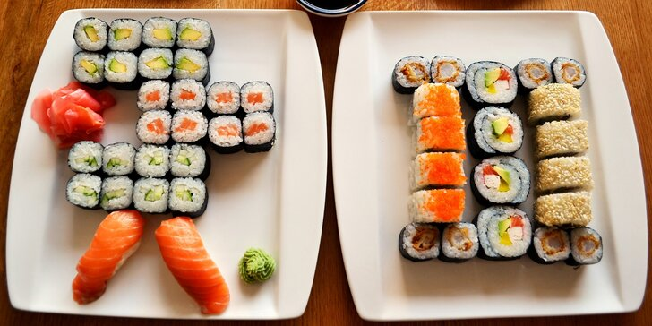 Sushi ve Vršovicích: 24–54 kusů s lososem i krabem + polévka a závitky