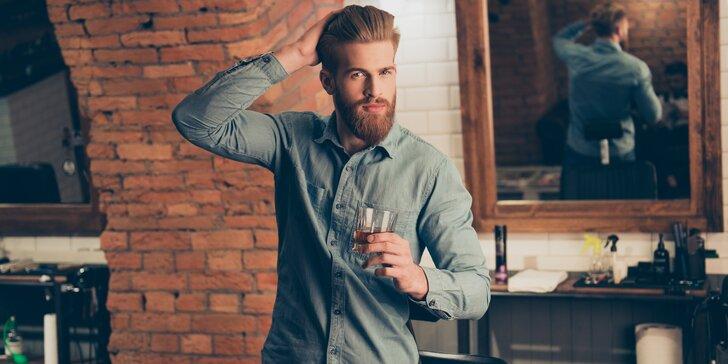 Módní pánský střih či úprava vousů v tradičním barber shopu
