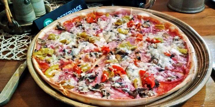 Pochutnejte si: 2 křupavé pizzy podle výběru o prům. 32 cm