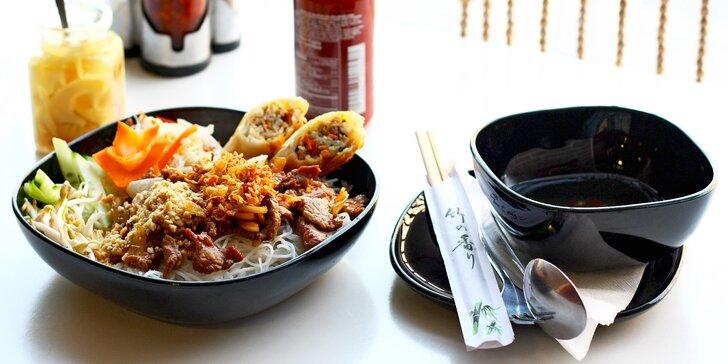 Chuť Asie: tradiční vietnamské Bún bò Nam Bộ pro 2 osoby