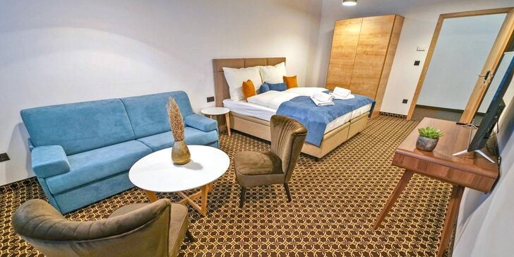Ubytování v moderním kapslovém hostelu v centru Bratislavy se snídaní