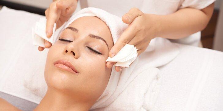 Kompletní kosmetické balíčky pro ženy všech typů pleti