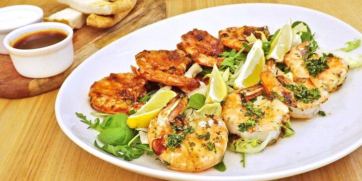 Mořské plody: 400 g krevet s česnekem i s piri piri omáčkou a pečivem
