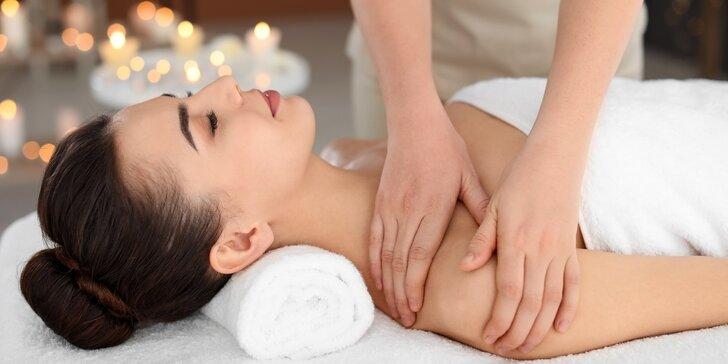 90 minut božské relaxace: masáž podle výběru a aroma lázeň na nohy k tomu
