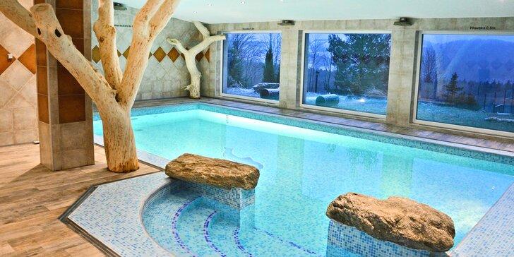 Luxus v pohádkovém Podlesí: VIP pokoj, polopenze, kredit na relax a vstup do Pekla Čertovina