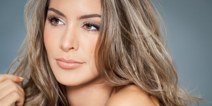 Střih nebo kompletní kadeřnický balíček s melírem pro všechny délky vlasů