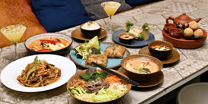 4 chody v restauraci Khomfi: polévka, závitky i Bún Bò Nam Bộ, Curry Đỏ nebo další asijské dobroty