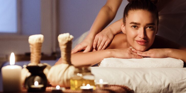 Královská thajská olejová masáž: 60 nebo 90 minut, drink a lehké občerstvení