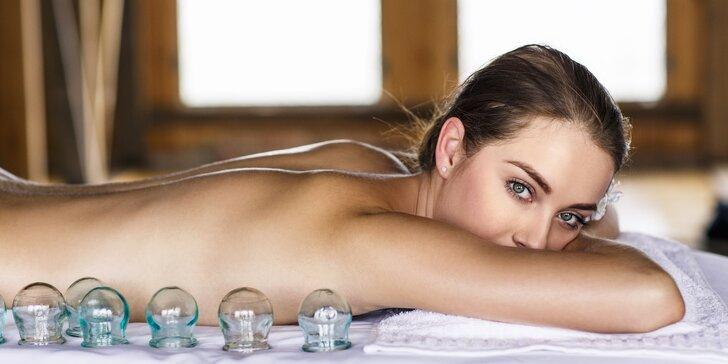 Relaxační masáž zad a šíje i s baňkováním: mandlový i makadamiový olej