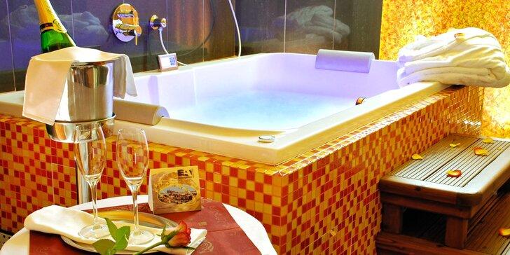 Noc v luxusním 4* hotelu u Václavského náměstí: snídaně i privátní wellness