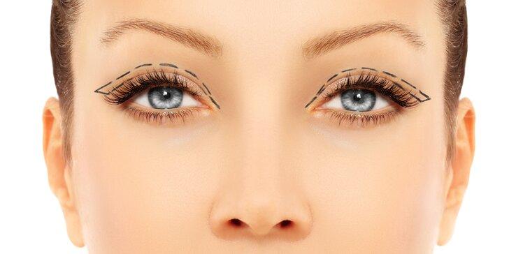Okouzlující pohled: redukce nadbytečné kůže z horních či dolních víček