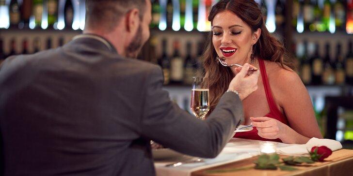 Valentýnské menu: 4 chody s kuřecím prsíčkem pro dámy, žebírko pro pány i dezert a drink