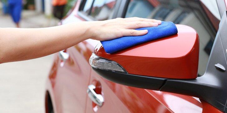 Suché čištění auta prvotřídní nanokosmetikou – místo si určíte sami