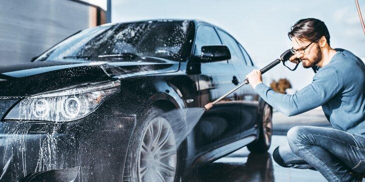 Auto jako nové: mytí karoserie, čištění interiéru i kompletní péče