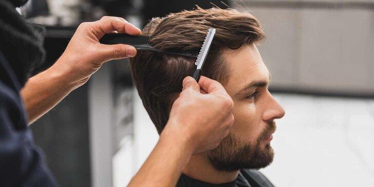 Pánský střih včetně masáže hlavy a závěrečného stylingu na Smíchově