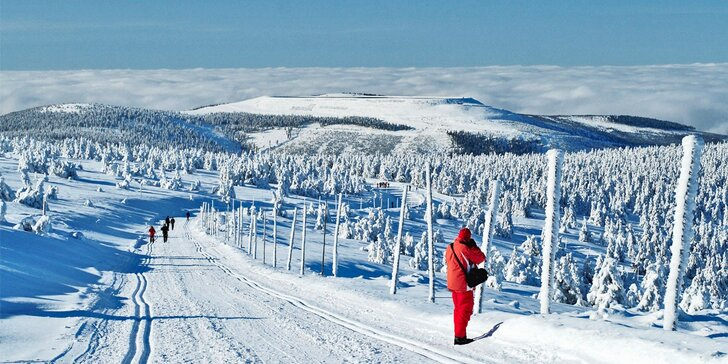 Túry i lyžovačky v Jeseníkách: vybavené chaty u Pradědu až pro 11 osob+bowling zdarma