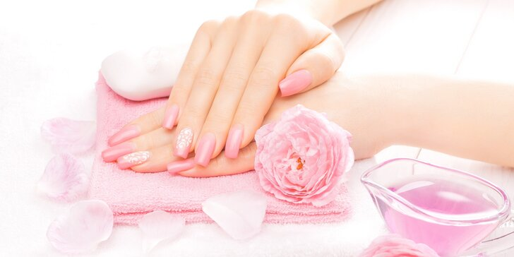 Krásné a zdravé nehty: Klasická manikúra či manikúra s gellakem i doplnění